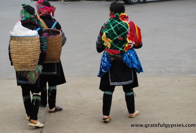 Ethnic minority ladies peddling their wares in Sapa.