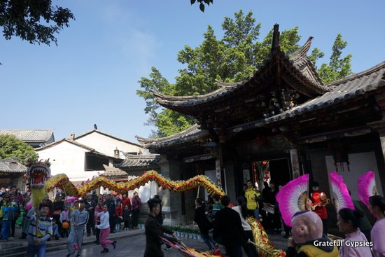 Do you want to immerse yourself in Chinese culture?