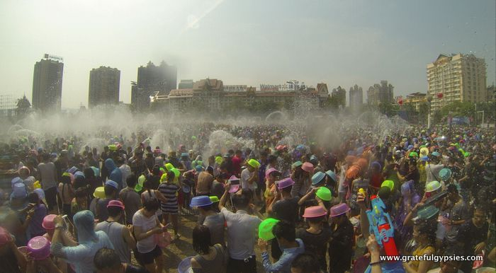 China Water Splashing Festival